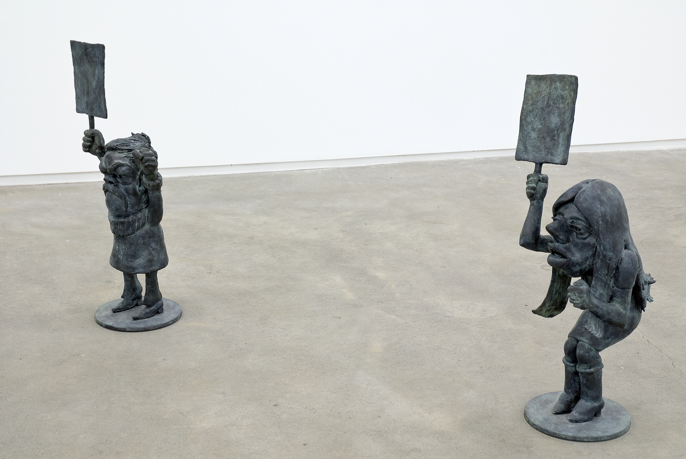 Alex Morrison, Proposal for a New Monument at Freedom Square, 2008, 2 cast bronze figures, 33 x 15 x 13 in. (83 x 37 x 33 cm), 32 x 10 x 15 in. (80 x 25 x 37 cm) by