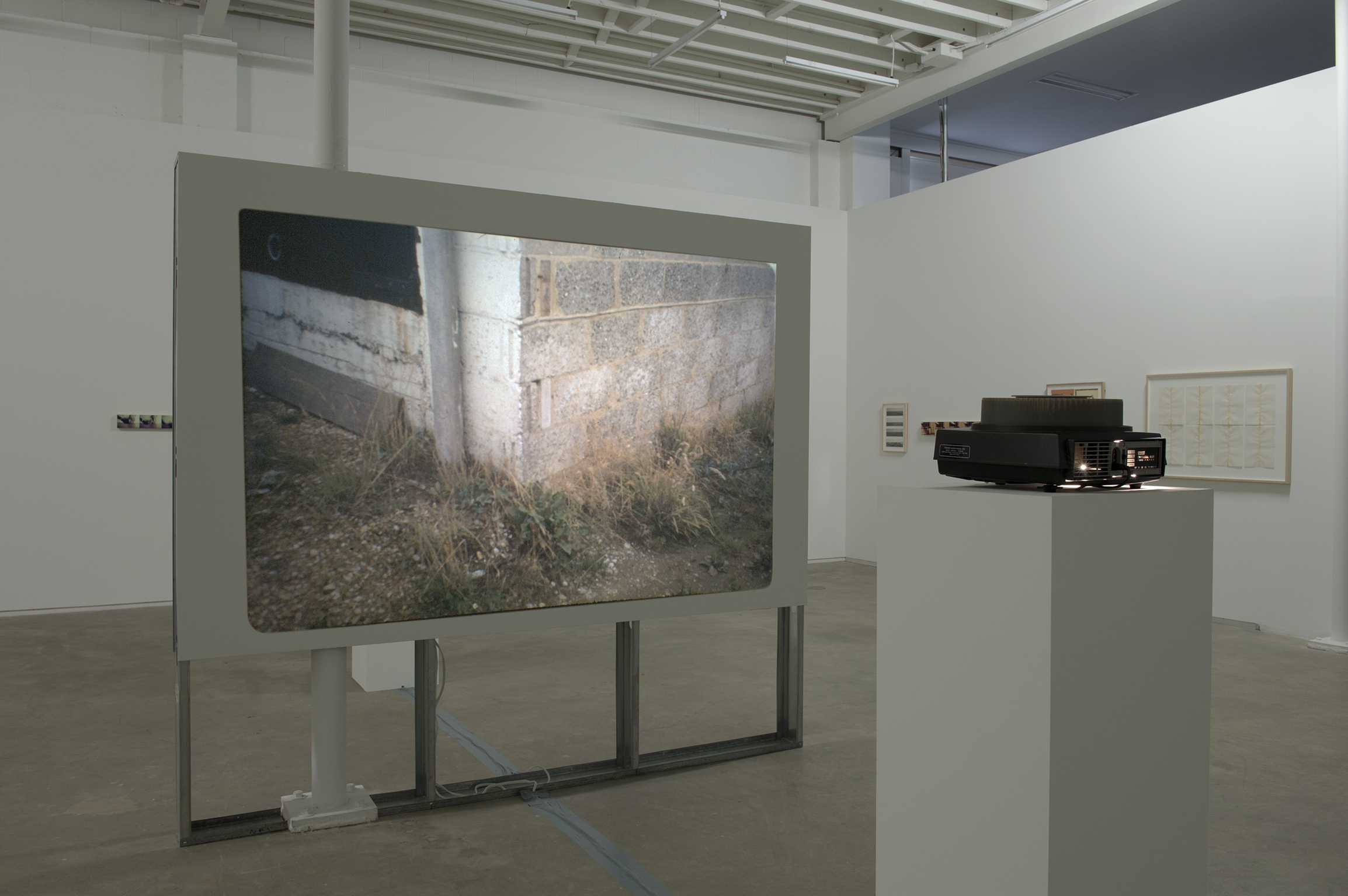 Robert Kleyn, Corners, 1973, 35mm slide projector for 80 slide carousel by