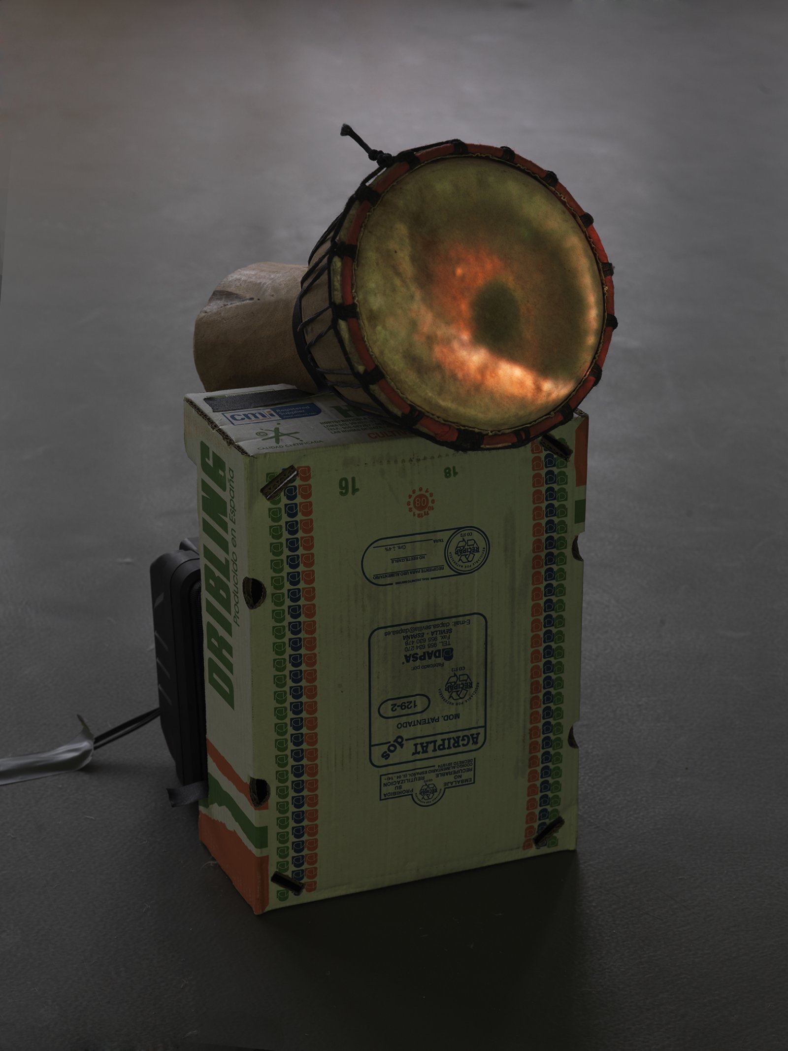 ​Geoffrey Farmer, Eye, Drum from Forgetting Air (Slow Play), 2008, mixed media, dimensions variable by Geoffrey Farmer