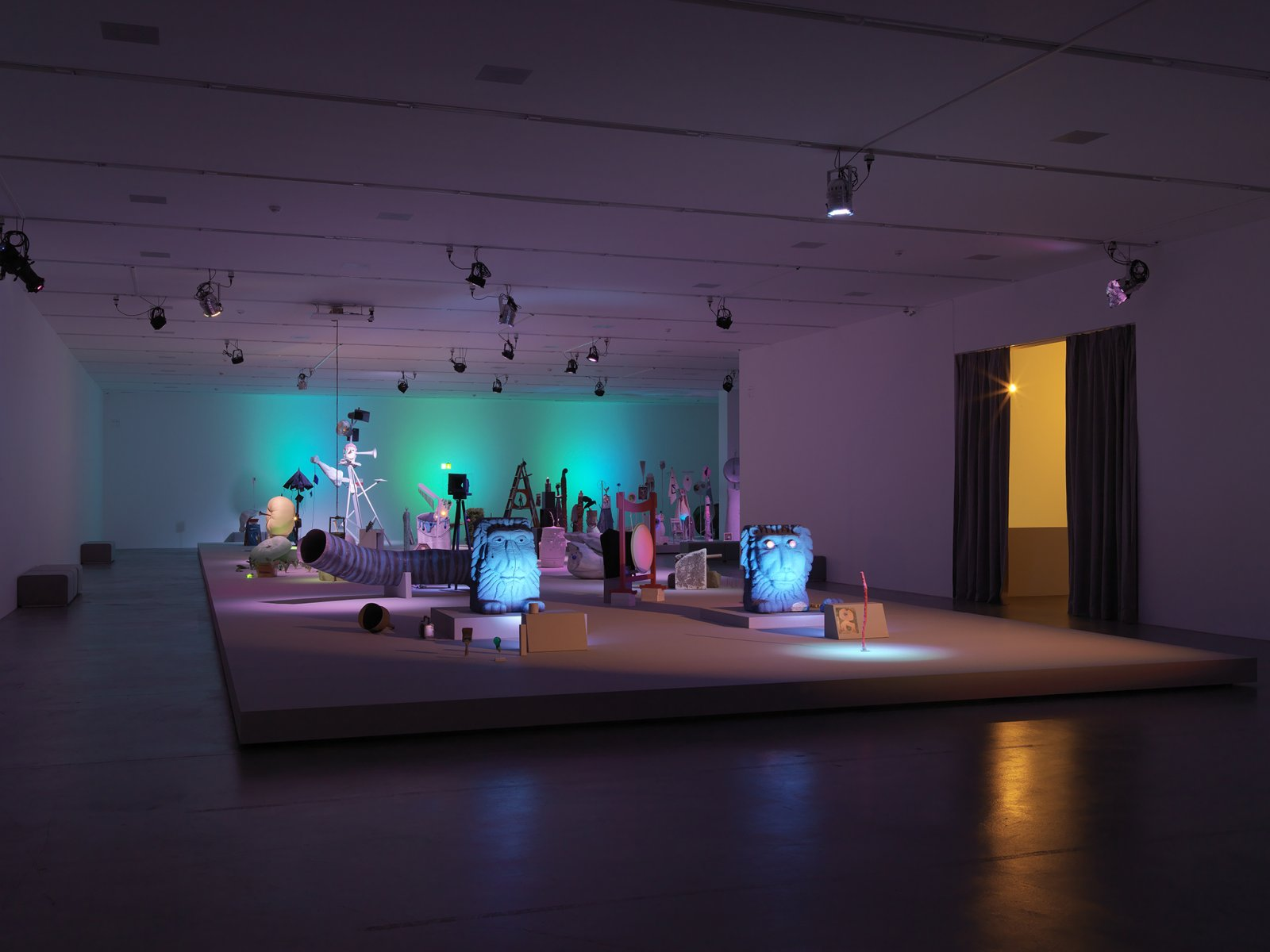 Geoffrey Farmer,Let's Make The Water Turn Black, 2011, a theatrical presentation of sculptural objects on a stage, with animatronics, audio and lighting directed by various computer programs, 289 x 360 x 90 in. (734 x 914 x 229 cm).Installation view,Migros Museum für Gegenwartskunst,Zürich, 2013