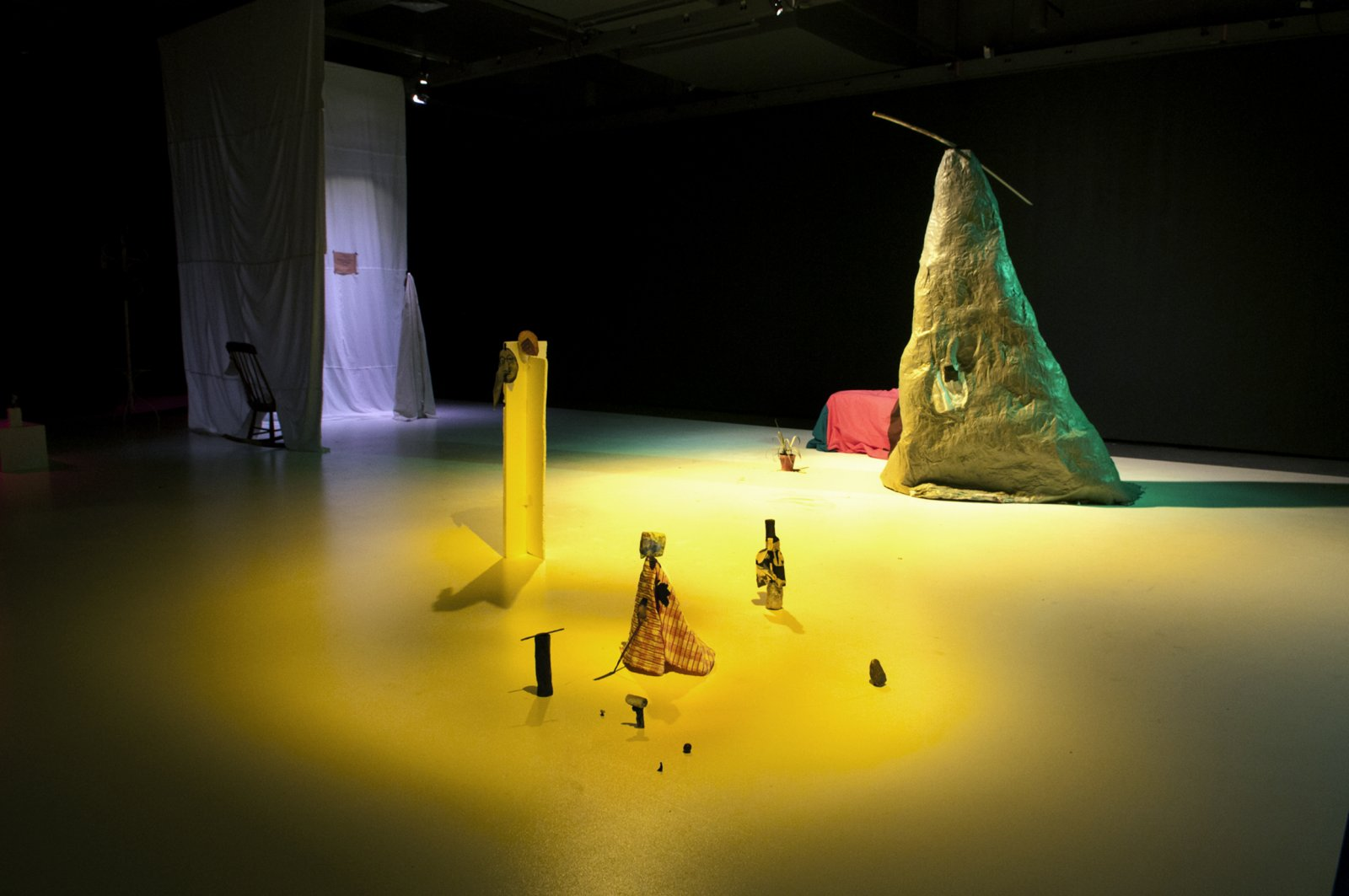 Geoffrey Farmer, God's Dice, 2010, variable components and dimensions