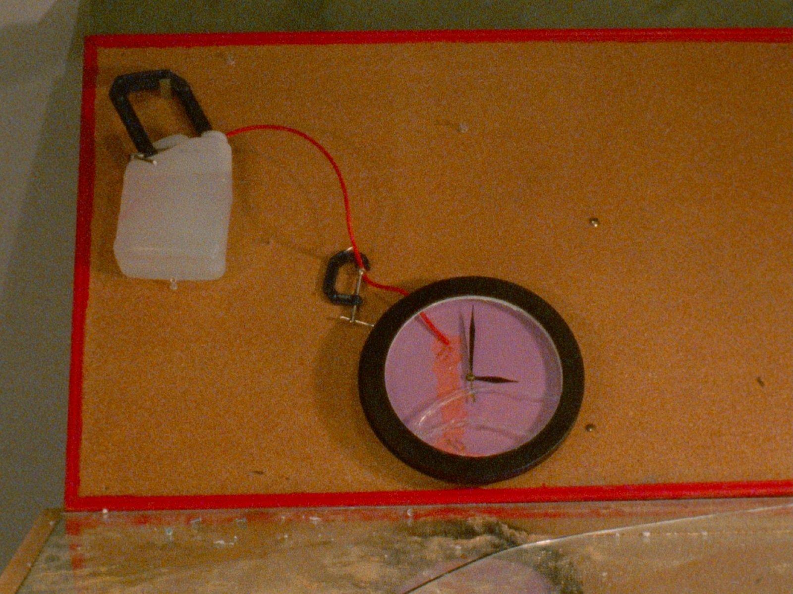 Julia Feyrer,Dailies(still), 2012, 16mm film loop, silent, 20 minutes, dimensions variable