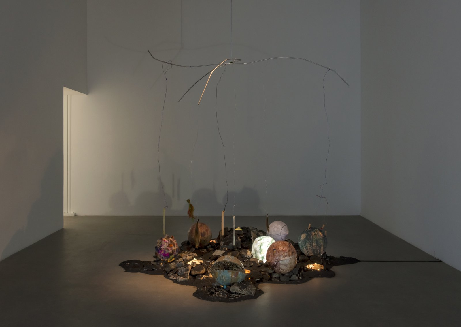 ​​Julia Feyrer, Device for sensing habitable zones, 2018, mixed media, 136 x 109 x 108 in. (354 x 277 x 274 cm)​ by Julia Feyrer