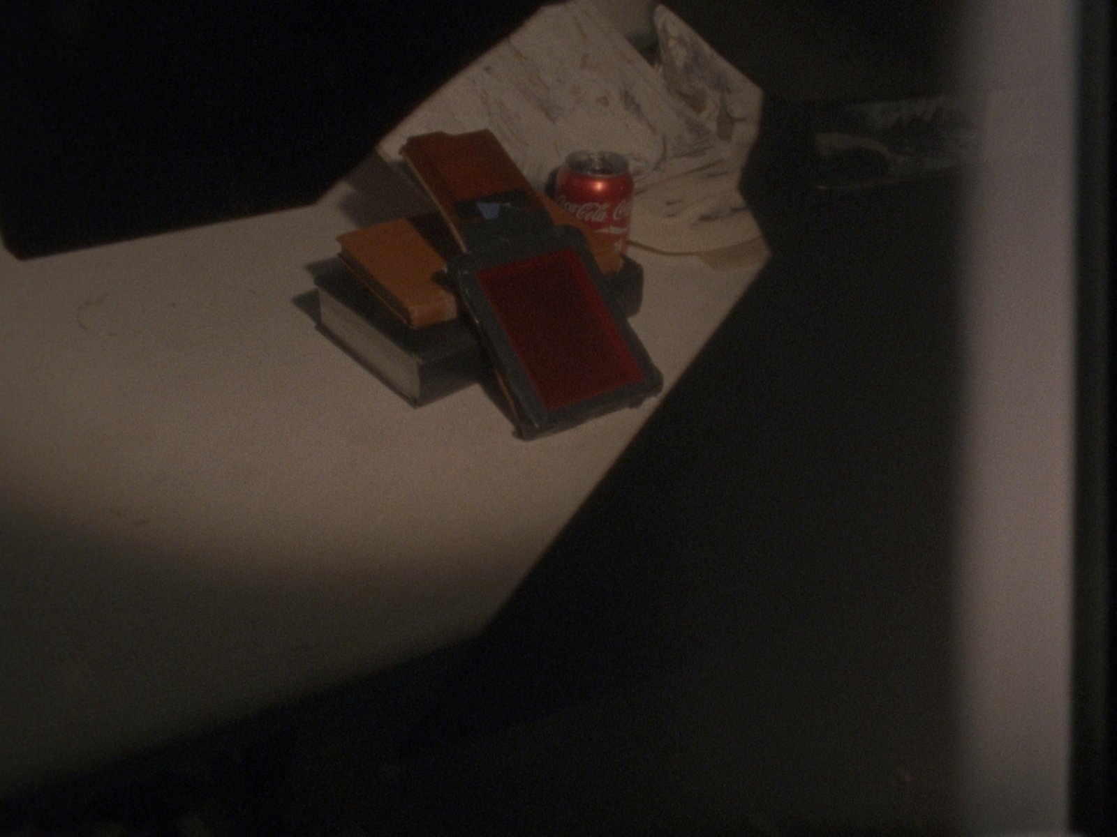 Julia Feyrer,The artist's studio(still), 2010, colour 16mm film loop with non-synchronized sound, 5 minutes, 5 seconds