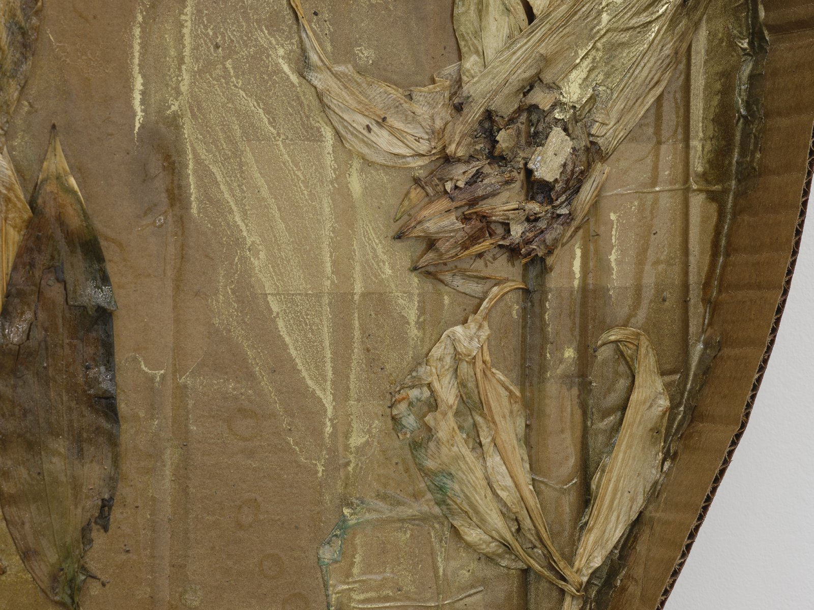 Rochelle Goldberg, Halo II (detail), 2019, cardboard, tissue paper, lilies, shellac, gold pigment, gold tape, dirt, 27 x 27 x 3 in. (67 x 67 x 6 cm) by Rochelle Goldberg