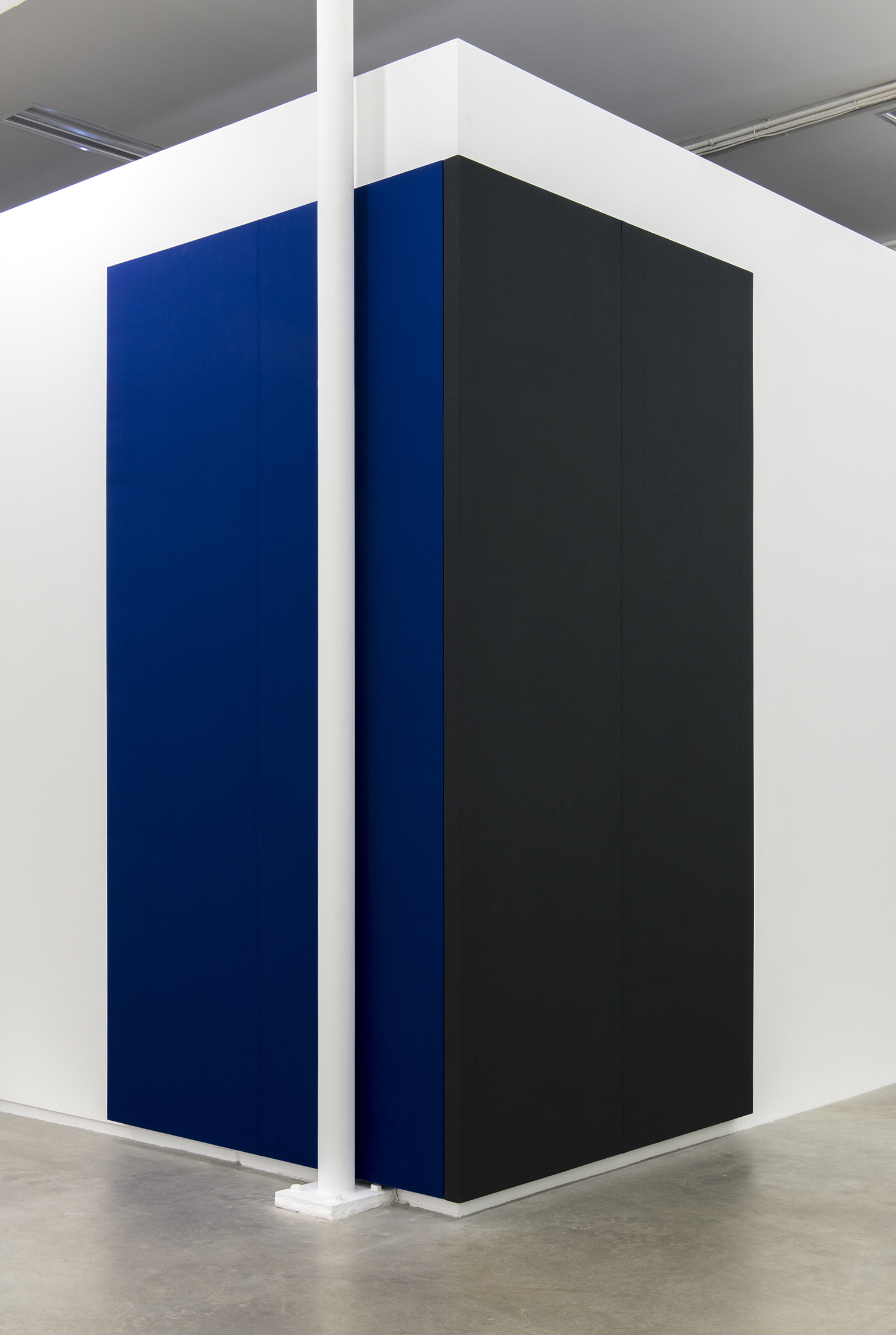 Andrea Büttner, Fabric Painting (diptych), 2013, cotton twill, each 127 x 66 x 3 in. (323 x 168 x 6 cm) by