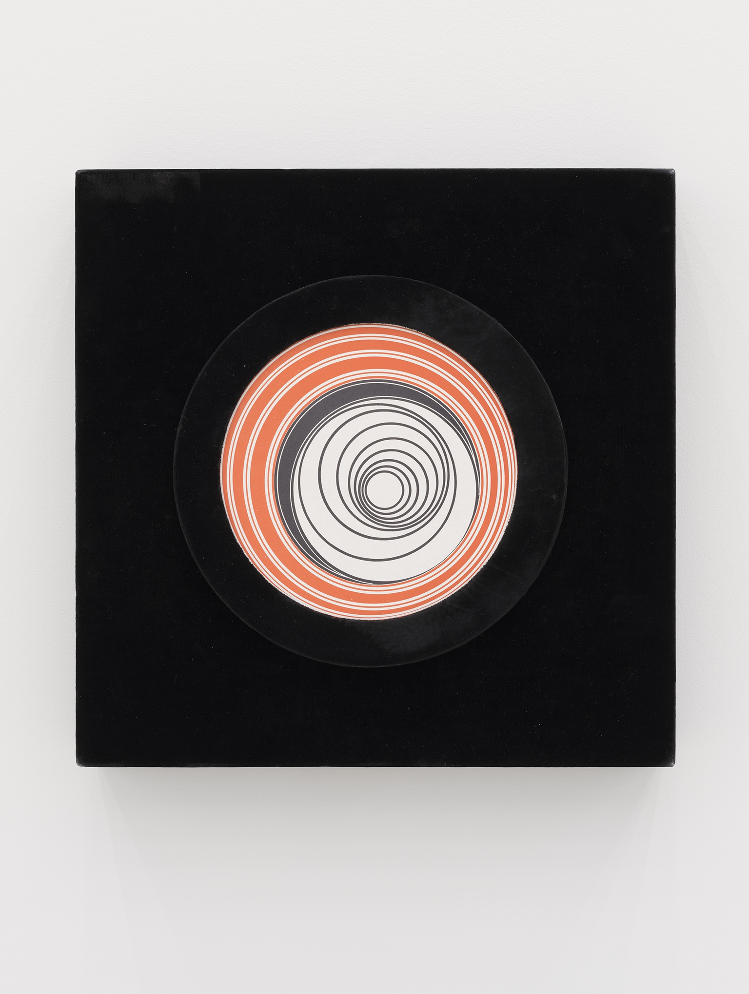 ​Marcel Duchamp, Rotoreliefs (Optical Disks), 1935/1965, offset lithograph, motorized machine, 15 x 15 x 5 in. (37 x 37 x 11 cm) by