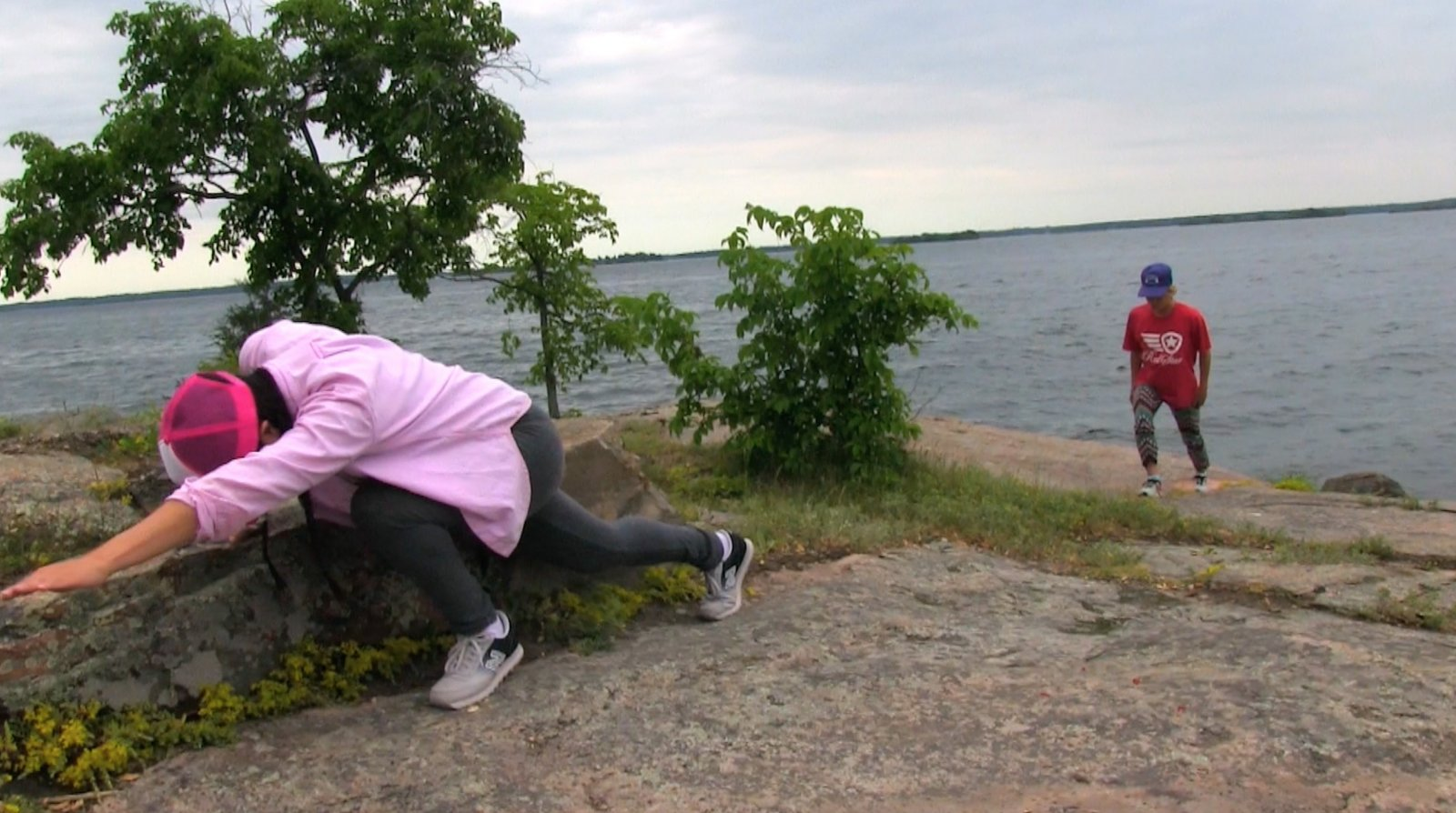 Tanya Lukin Linklater, How we mark land and how land marks us, 2017, site-specific performance