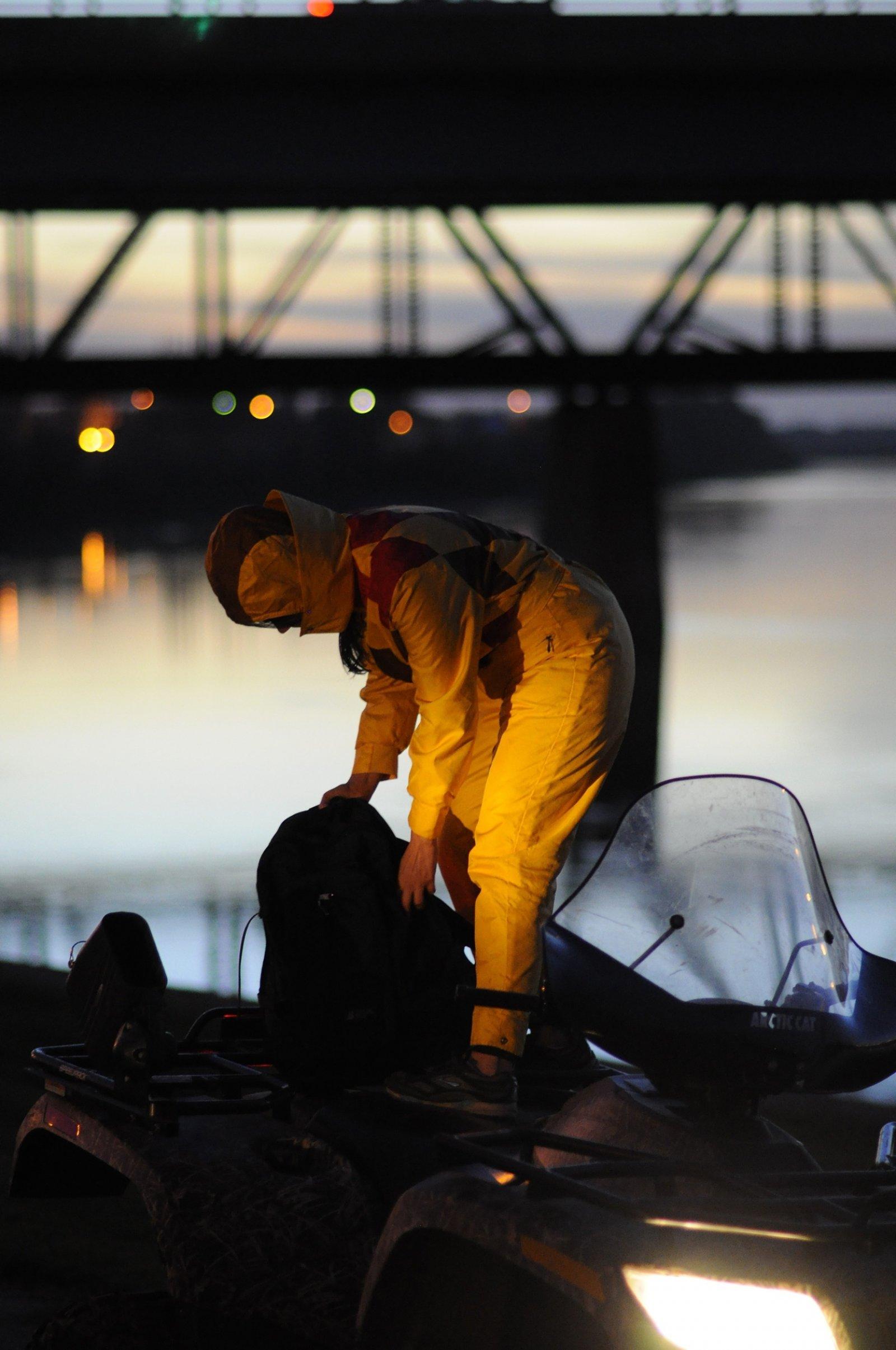 Tanya Lukin Linklater, North Saskatchewan River, 2011, site-specific performance