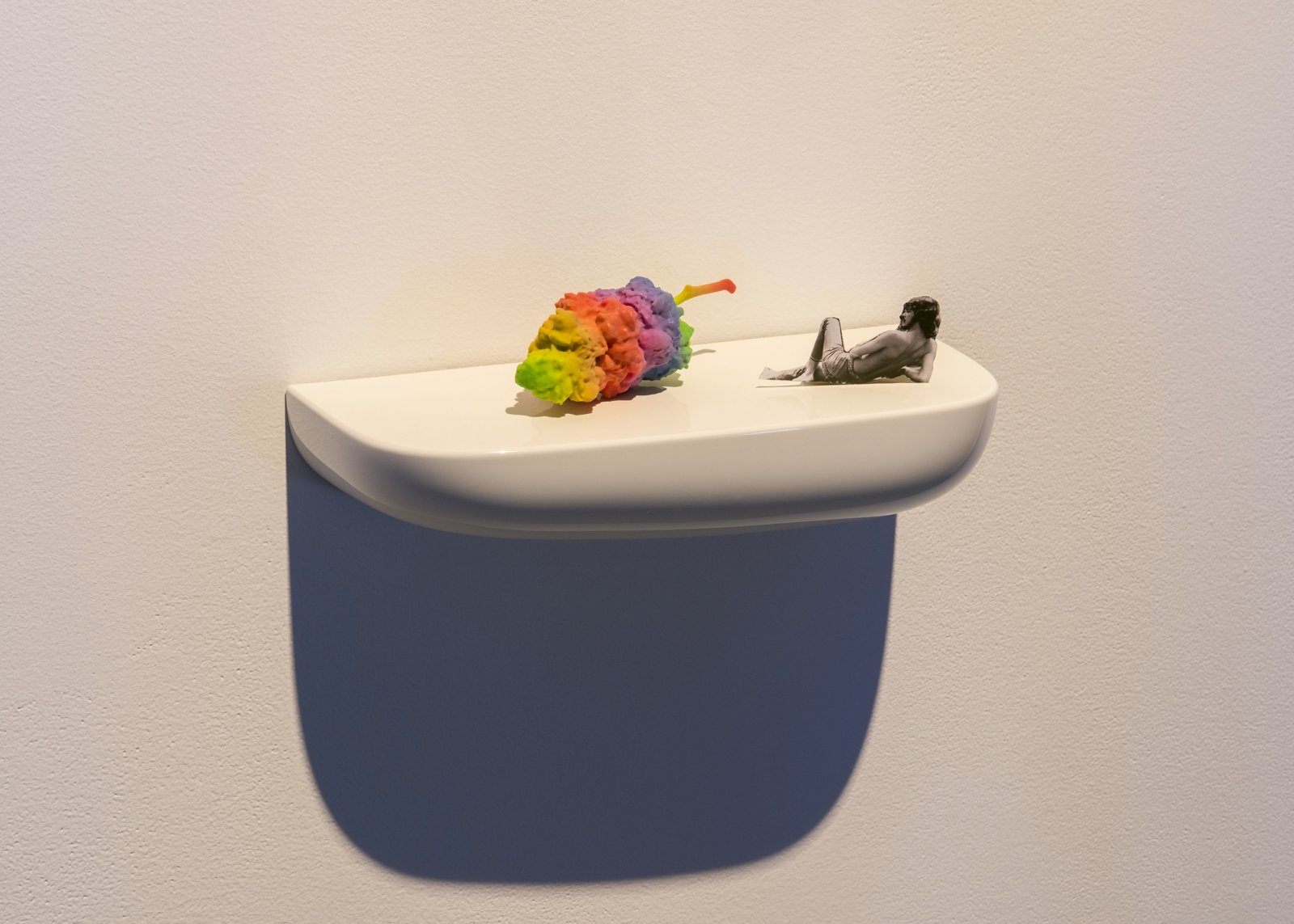 Myfanwy MacLeod, Sweet Mary Jane I, 2015, 3D printed sandstone marijuana bud, plastic shell, 6 x 14 x 6 in. (14 x 36 x 15 cm) by Myfanwy MacLeod