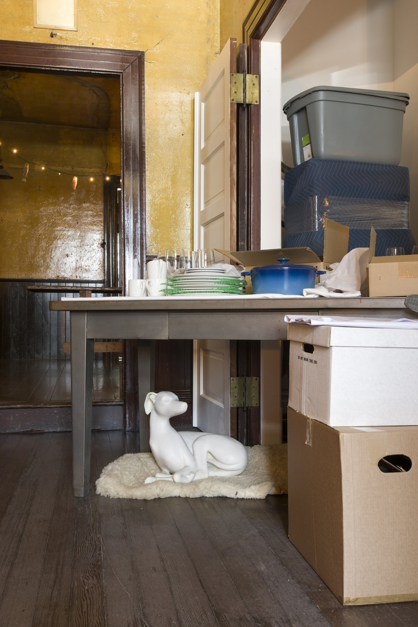 Liz Magor, One Bedroom Apartment, 1996–2019, polyester resin, contents of the David Ireland House, dimensions variable. Installation view, TIMESHARE, The David Ireland House, 500 Capp Street Foundation, San Francisco, USA, 2019 by Liz Magor