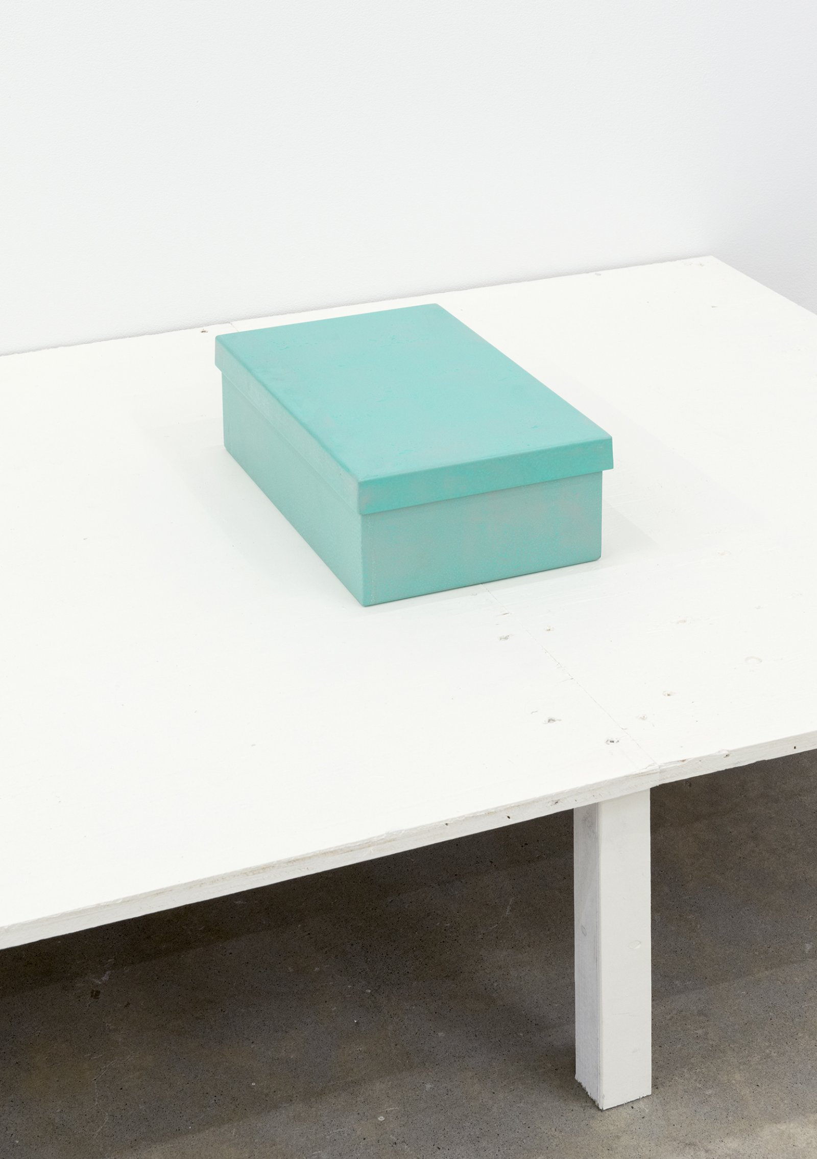 Gareth Moore, Shoebox (Steel), 2013, steel, enamel paint, 5 x 8 x 13 in. (11 x 21 x 34 cm)   by Ashes Withyman