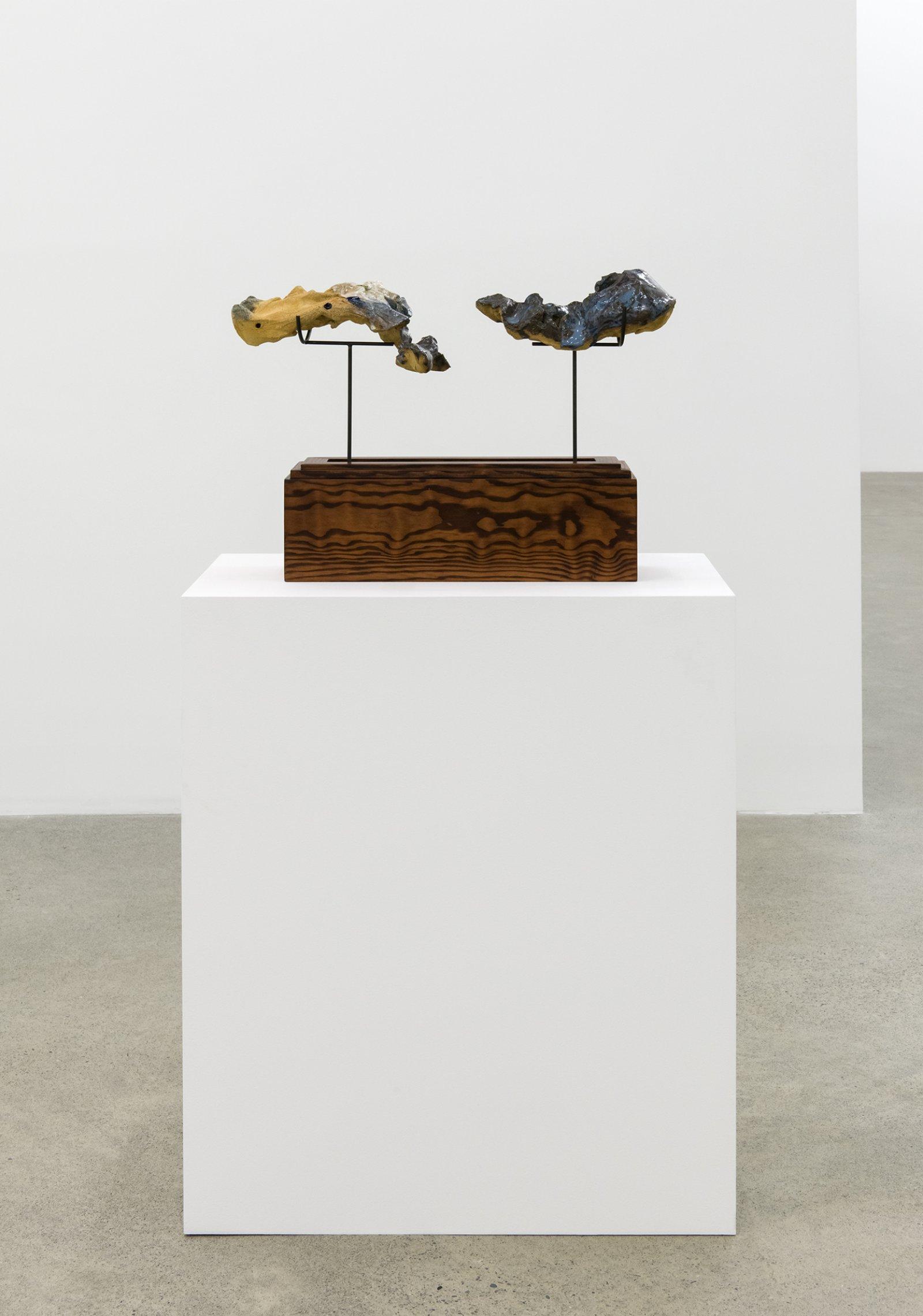 Damian Moppett, Figure in Two, 2016, glazed stoneware, wood, steel, 15 x 20 x 6 in. (39 x 51 x 16 cm) by Damian Moppett
