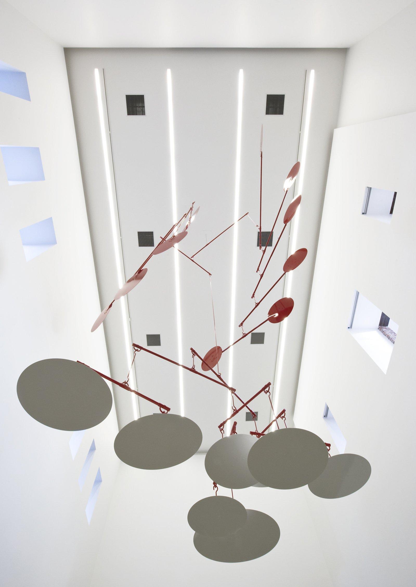 Damian Moppett, Broken Fall, 2011, aluminum and steel, 306 x 180 x 180 in. (780 x 460 x 460 cm) by Damian Moppett