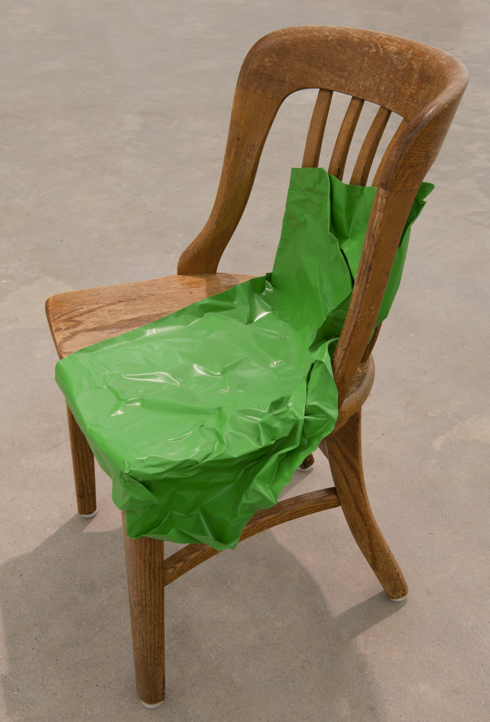 Judy Radul, Object Analysis Spectator Poem (Chair), 2012, painted copper, chair, colour photograph, chair: 33 x 18 x 18 in. (84 x 46 x 44 cm), photograph: 8 x 12 x 3 in. (20 x 29 x 8 cm) by Judy Radul