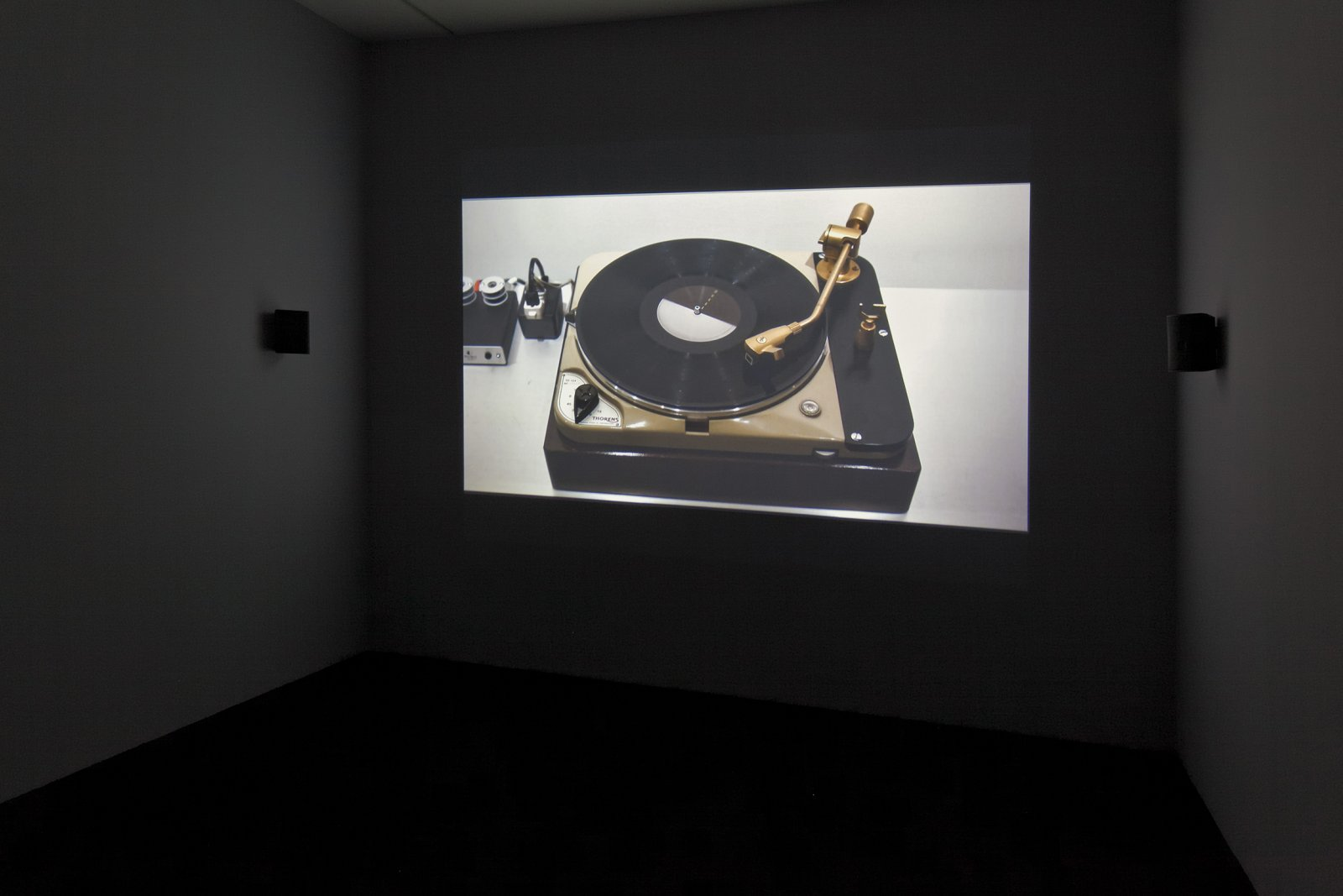 Ron Terada, Soundtrack for an Exhibition, 2010, projection played from mac mini, dimensions variable