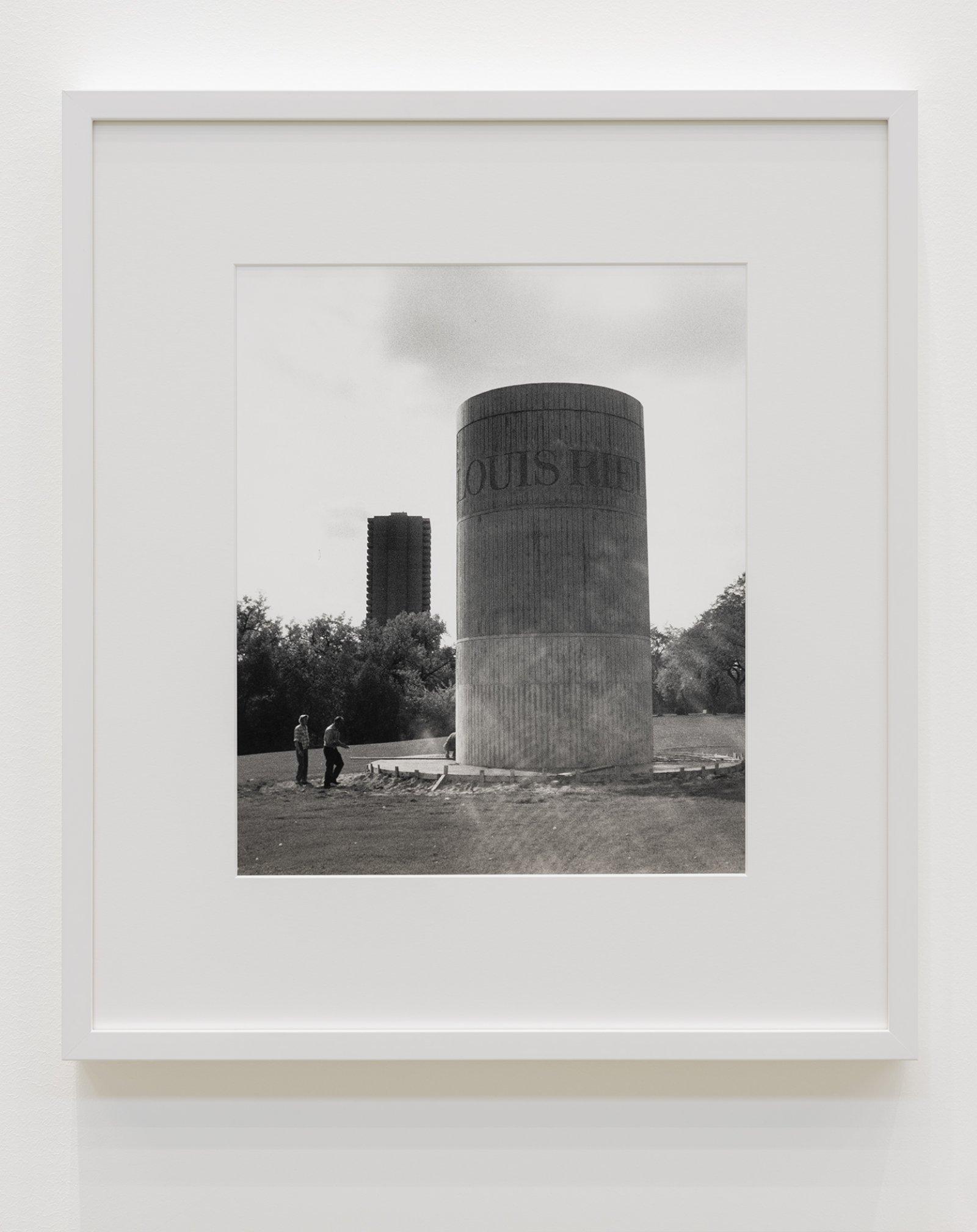 Ian Wallace, Monument to Louis Riel, 1972, silver gelatin print, 20 x 18 in. (50 x 44 cm)